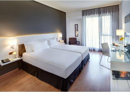 sercotel gran hotel zurbaran 1